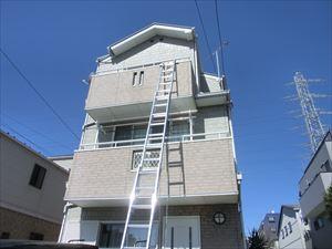 三階建て屋根点検