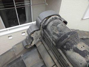 屋根瓦漆喰