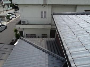 大屋根と下屋根