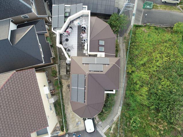 屋根の真上からの上空写真
