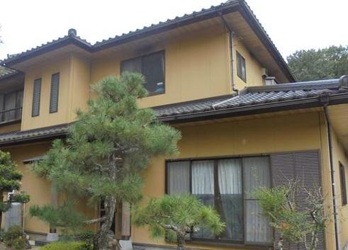 名古屋市南区のお客さまの家の瓦と漆喰を点検しました。