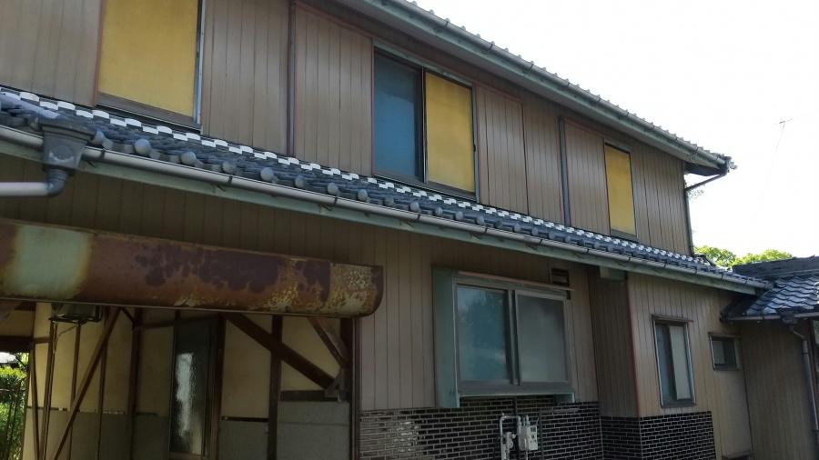 常滑市 屋根の葺き替え依頼があり現場調査に行ってきました。