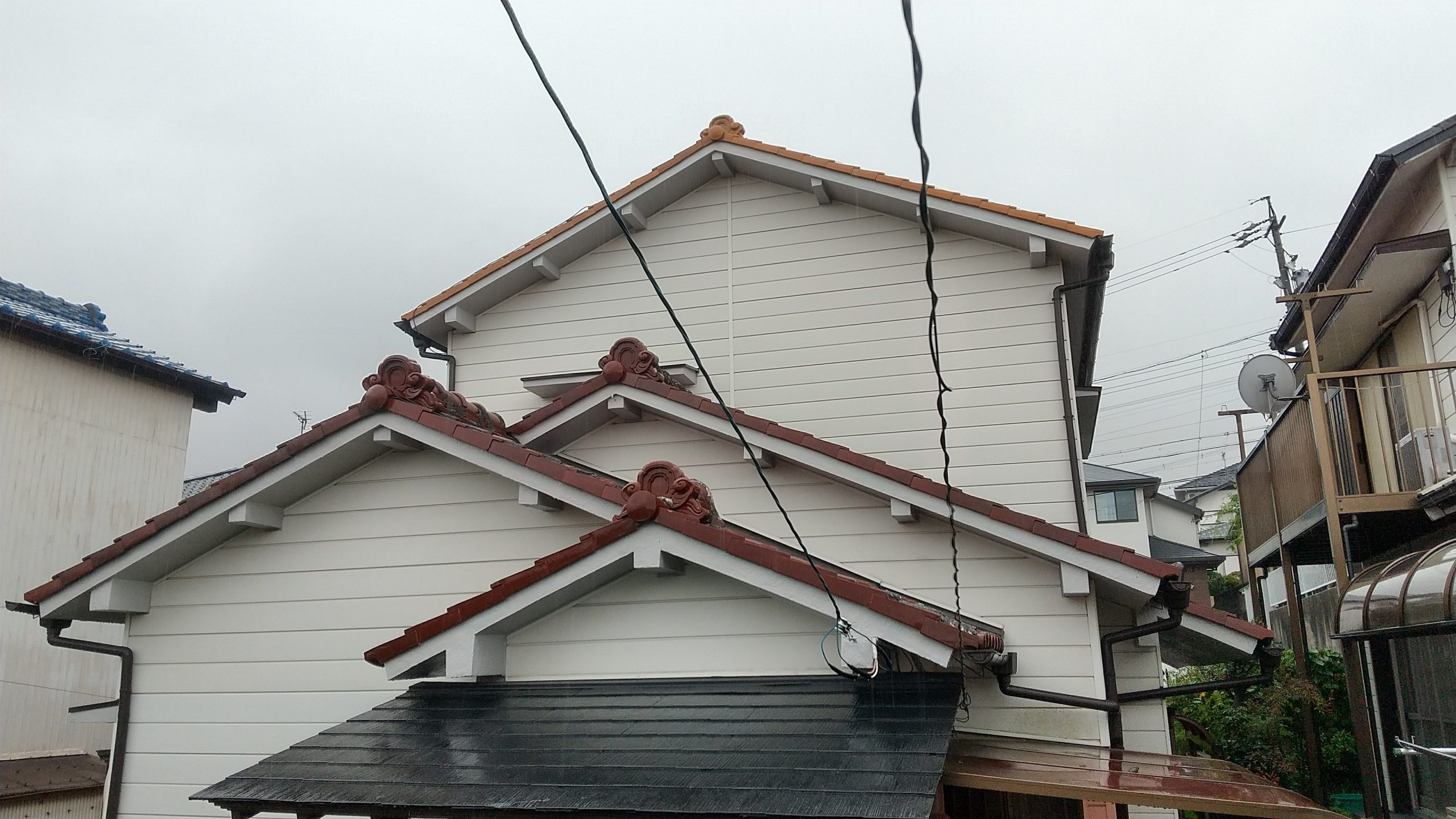 名古屋市緑区 瓦屋根の点検依頼を受け伺いました。