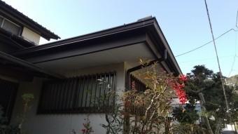 屋根漆喰軒天補修仕上げ写真