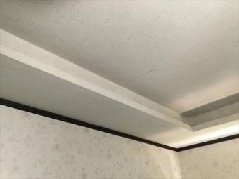 リビングの天井の雨染み