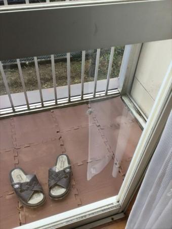 窓ガラスの傷