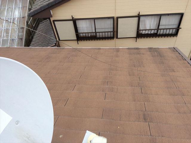 名古屋市緑区にて滑るスレートの屋根を補修かカバー工事かの点検