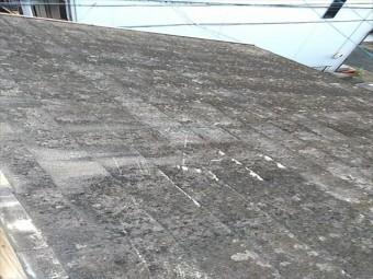 飛ばされた古いスレート屋根のカバー工事