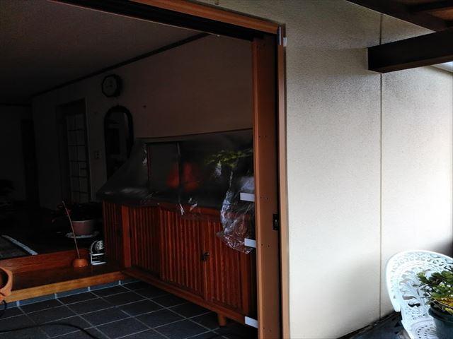 軒天張替えとドア交換