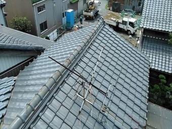 増築後から雨漏りが止まらない瓦屋根の点検