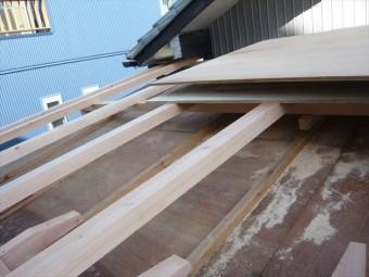 屋根嵩上げ工事