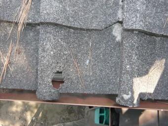 セメント瓦の穴