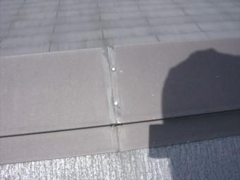 棟板金の釘位置