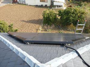 屋根に太陽光発電
