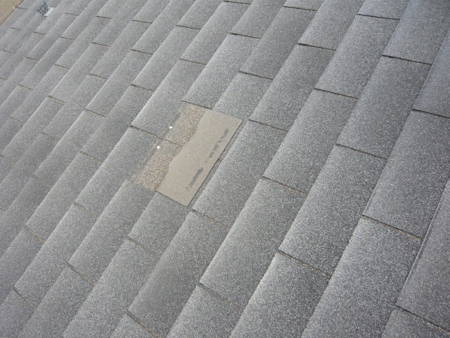 屋根材の剥がれ