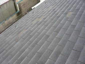 屋根材の部分的な剥がれ