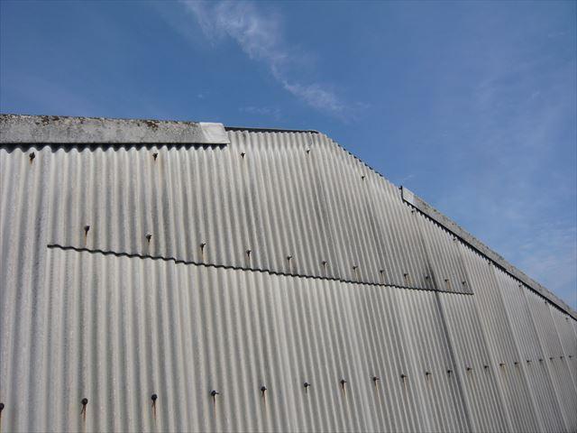 名古屋市南区にて倉庫のスレート屋根の点検依頼がありました