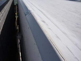 防水シートの枠のズレ