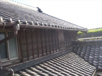 大屋根の雨樋の劣化