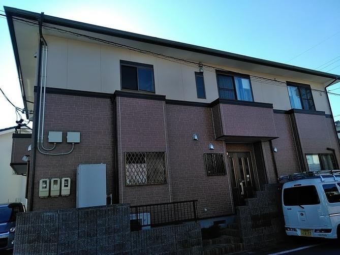豊田市の太陽光パネル付き防災瓦屋根の保守点検を行いました。